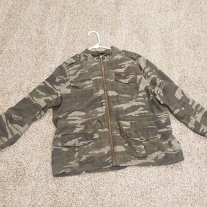 Large express camo jacket